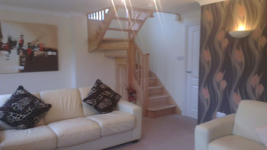Stunning, spacious holiday home with lovely views - Staffordshire - Ev