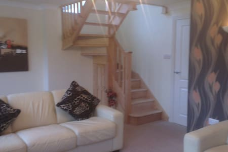 Stunning, spacious holiday home with lovely views - Staffordshire - Huis