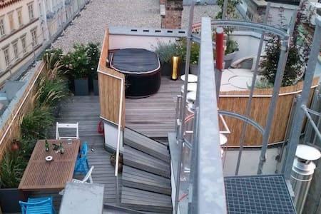 Rooftop terrace apartment in best location. - Wien - Flat