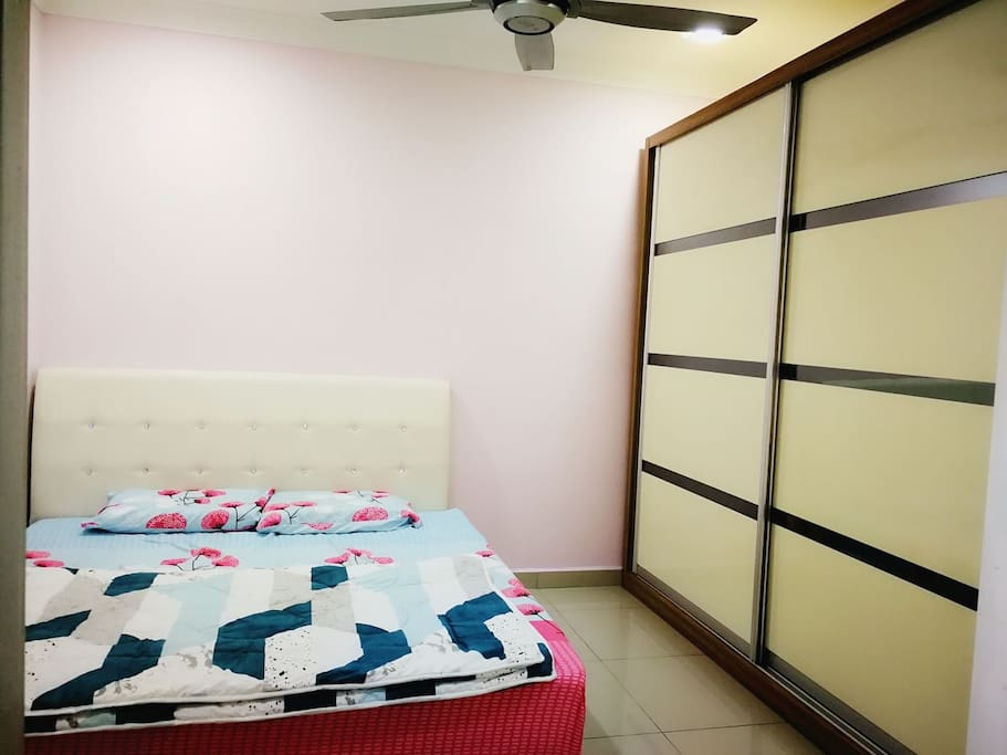 Master Room with King size bed- Air conditioner