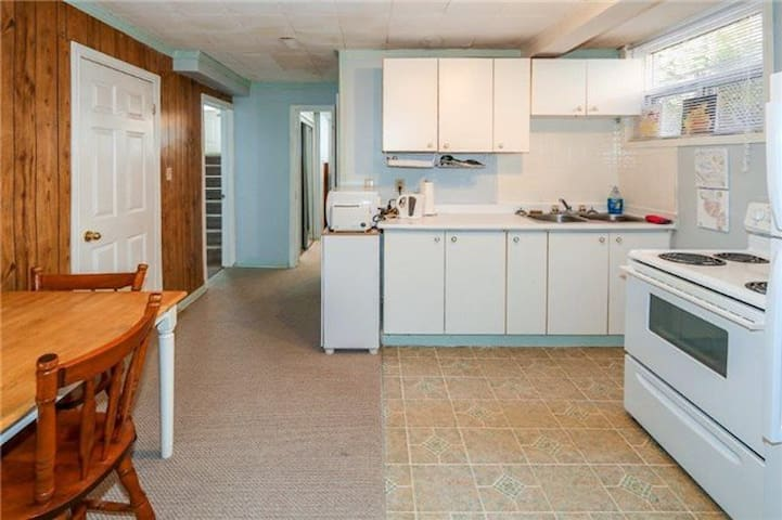 2 bedrooms FOR RENT in a very high demand area