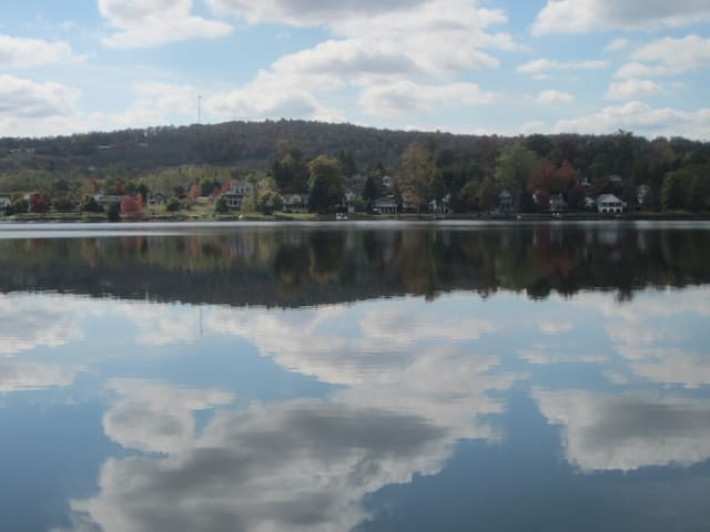 Perfect Lake Retreat - Close By A Fun Town! - Tunkhannock