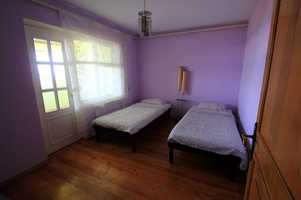 Комната с балконом (цена выше)