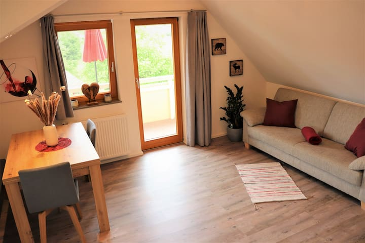 Modern living with balcony & great bus connection