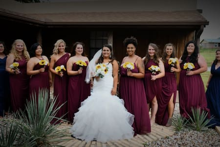 The Adobe Ranch-Wedding Parties and Events