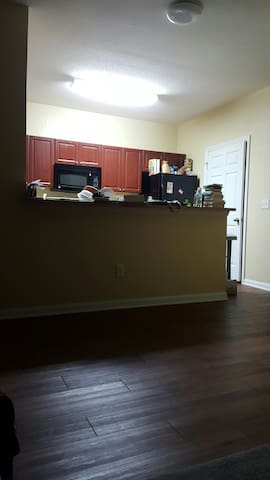 Chill, comfortable and affordable - Clarksville - Apartament