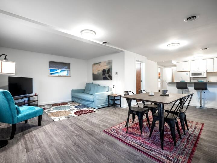 Brand New Home In Ohio City- Upper Unit