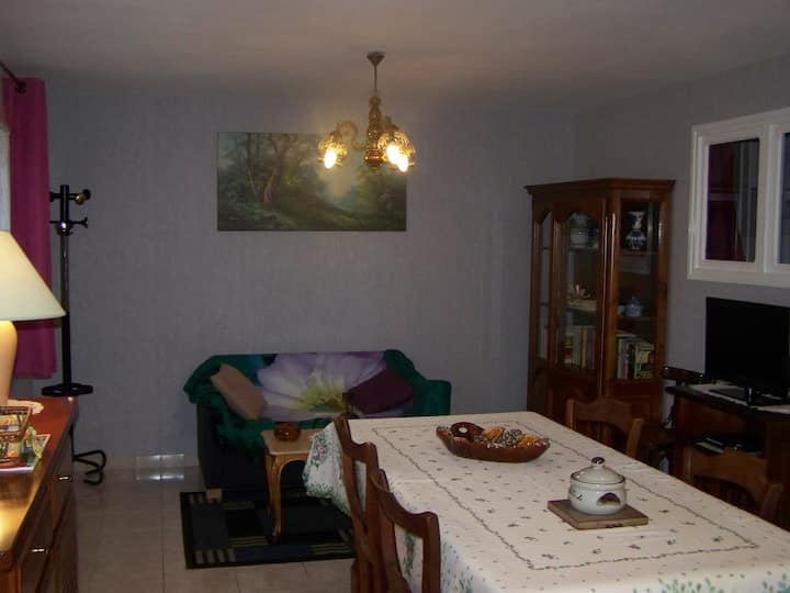 APPARTEMENT N° 2 CENTRE JONZAC