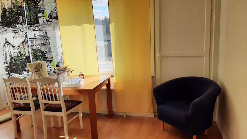 Pieni asunto Lehtimäellä/Studio apartment