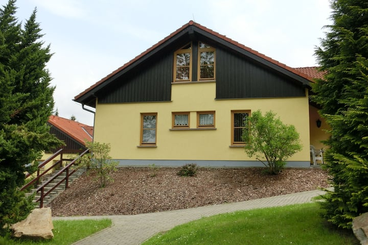 Quaint Holiday Home in Schirgiswalde with Terrace, Garden