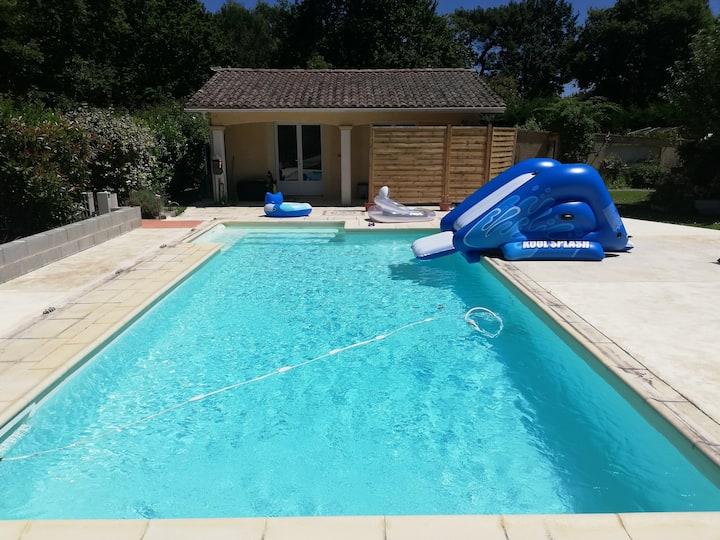 Maisonnette piscine 2/3 Pers