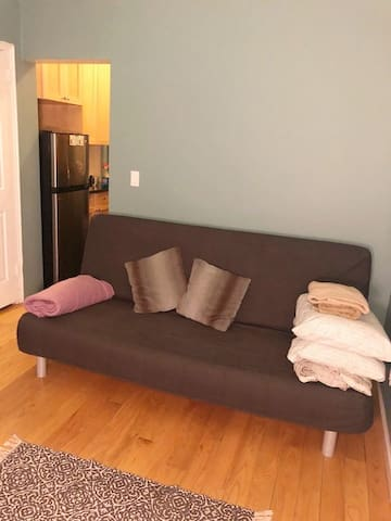 Comfortable & Private One Bedroom Apt in NYC!