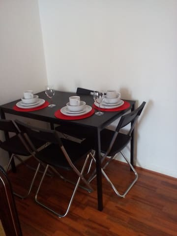 Icon Cosy Apartment - Hainault, Chigwell  - Appartement