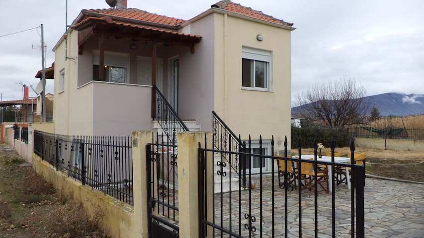 Near by SEA Comfort NEW Mezonette in Kariani - Kavala - บ้าน