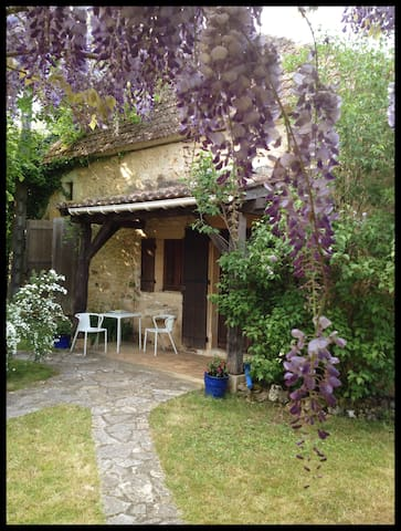 Rustic Cottage With Pool, Dordogne - Monpazier - Huis