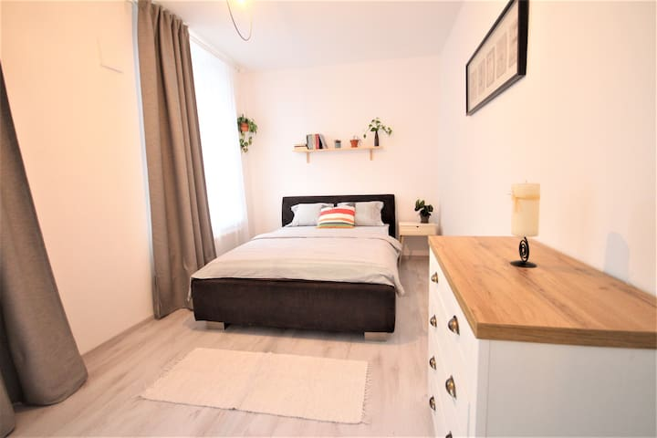 STYLISH APARTMENT NEAR HISTORICAL OLD TOWN