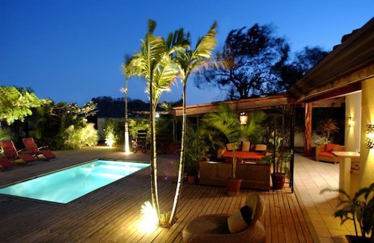 Casa Oasis - Langosta Paradise - Playa Langosta - Ev