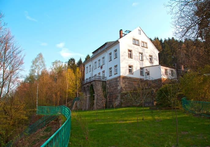 """Saxon Switzerland: Suite """"Nibelungen"""""""