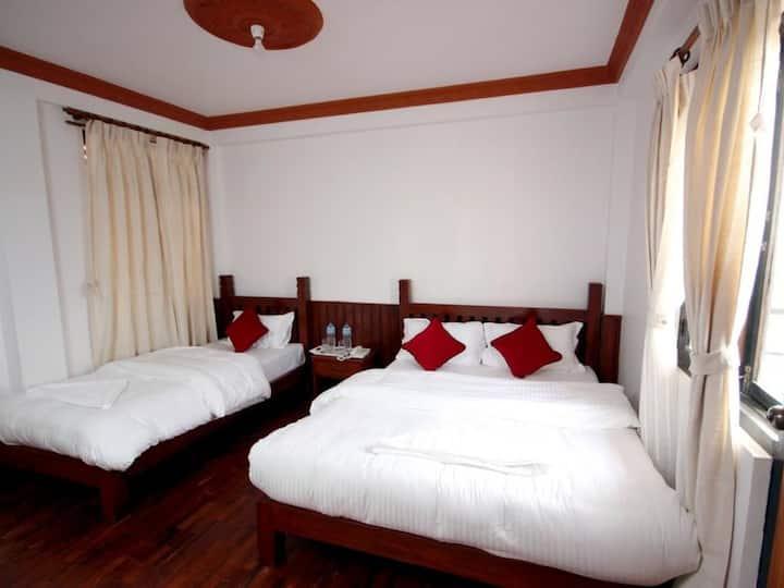 Deluxe Family Room - Eco Home Kathmandu
