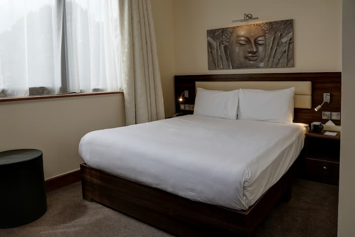 The Airlink Hotel London Heathrow, Double Or Twin