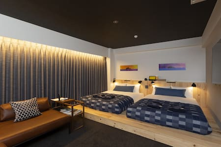 ANCHOR PENT HOUSE