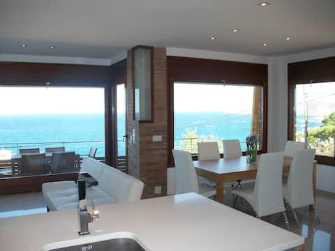 apartamento luminoso con vistas panoramicas al mar