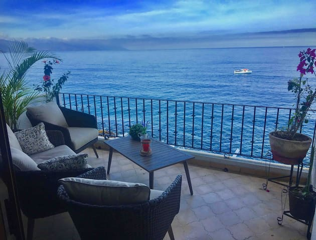 **BEACHFRONT** 2 bedroom / 2.5 bath condo