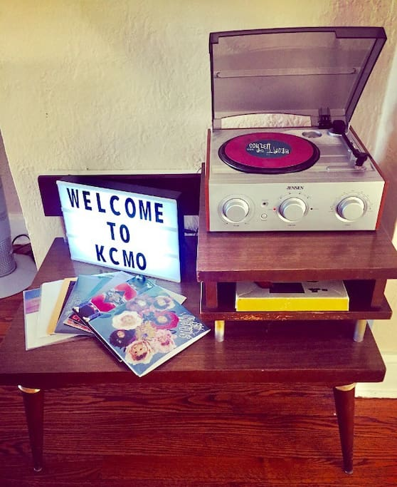 Some 45's local and otherwise for your listening fun.