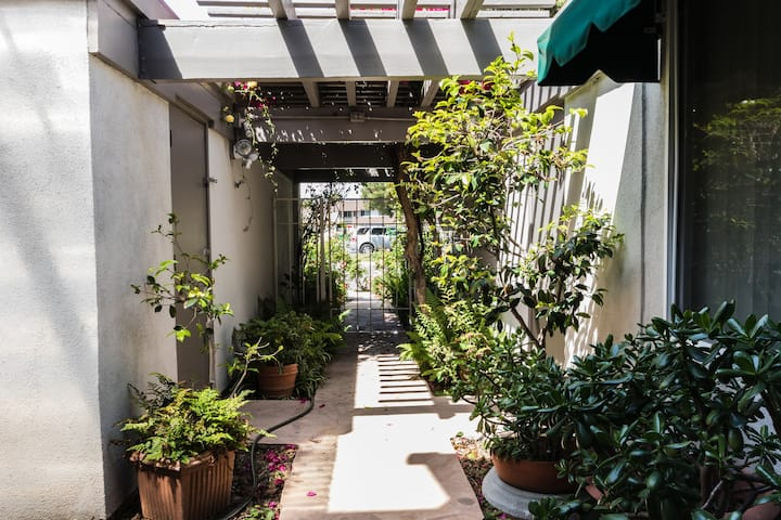 private room in Irvine