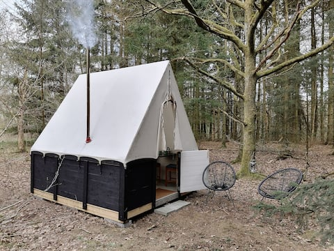 Stressful stay in tent cabin tucked away in the woods