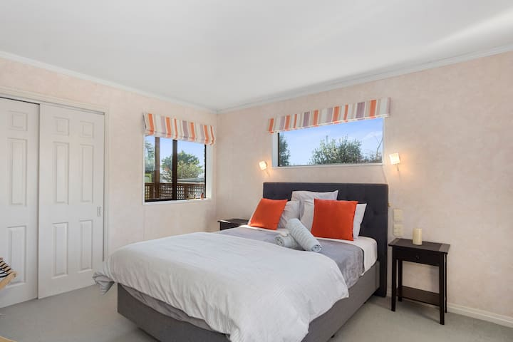 Pap Beach House, light airy and comfortable.