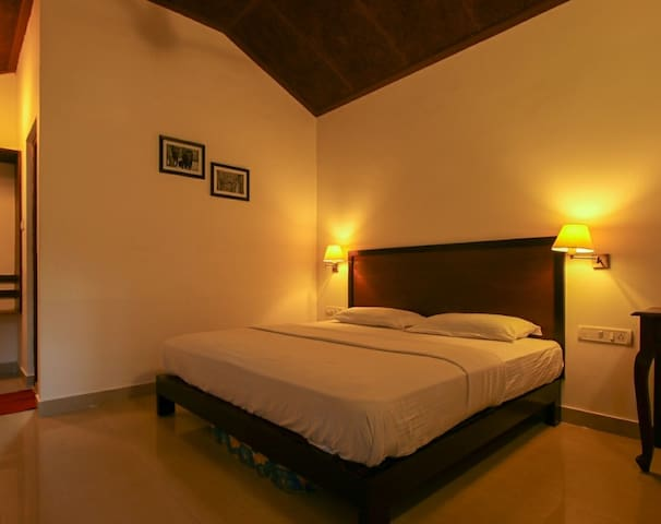 M02 - Home Stay Amidst Mudumalai Forest