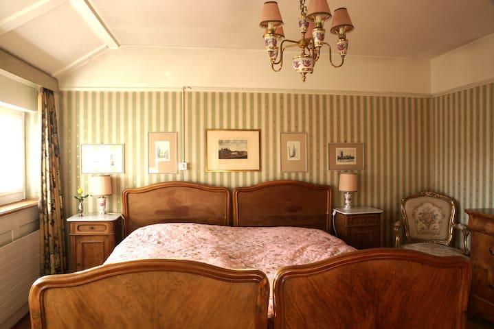 """BnB Villa """"Mon Repos """"- nostalgic style"""
