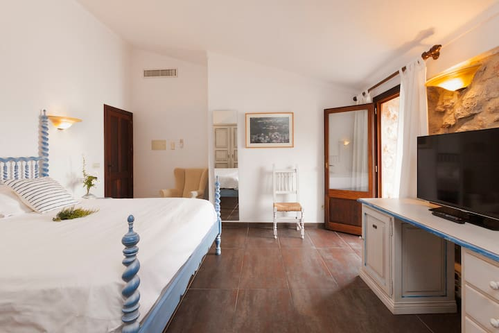 Finca-Hotel Albellons/DoublewithTerrace Half Board