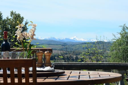 Stunning views from quiet country house! - Pauligne - 別荘