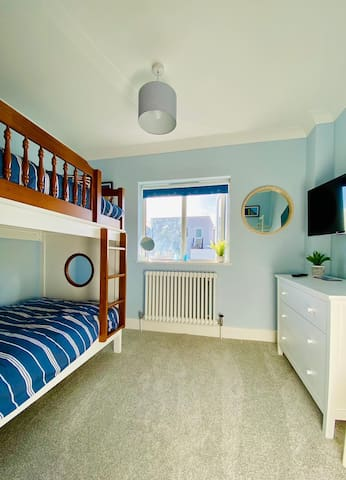 Bedroom 3 with ship style bunk bed