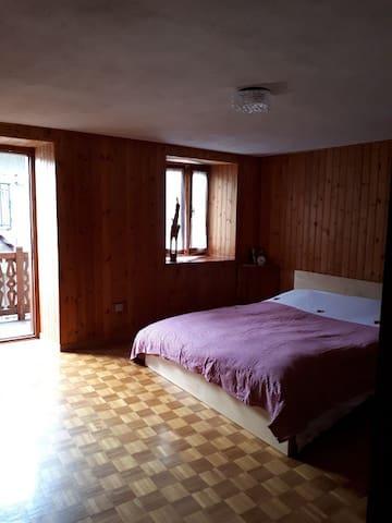 Camera al 2° piano