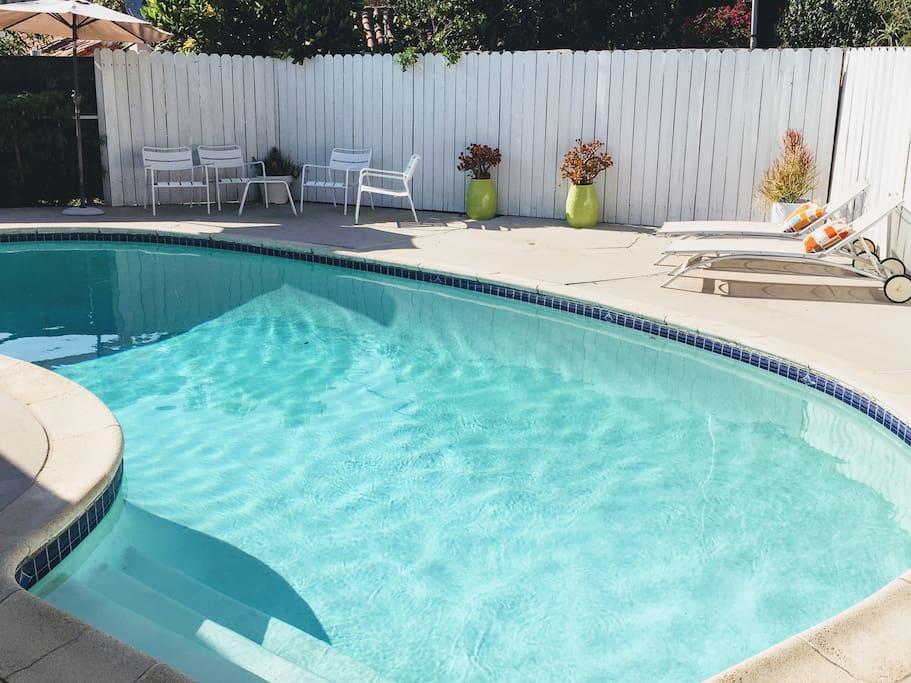 Pool in full sun until sunset..