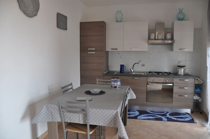 Carbonia Sirai Casa Vacanze - Sirai - Appartement