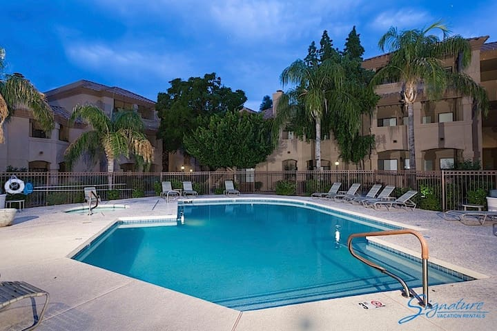 Stay at RESTFUL.  1BR 1BTH with Office.  Ground Level.  Heated Pool - Scottsdale - Apartamento