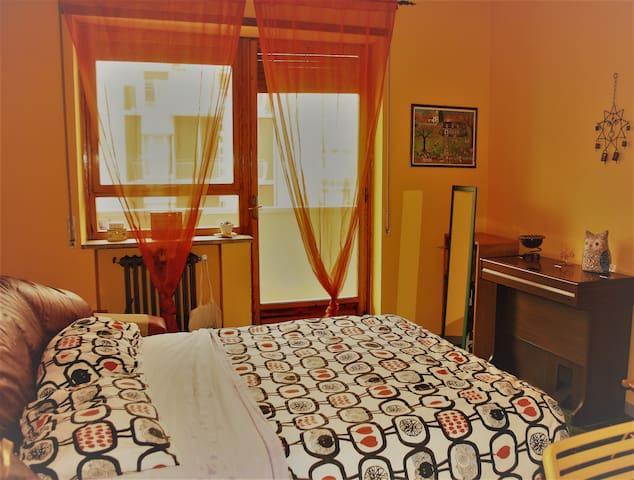Affaccio sul mare - stanza privata - Bari - Apartamento