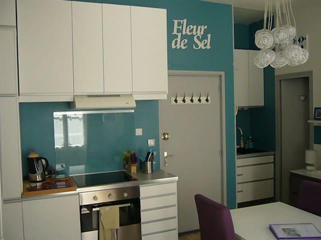 """""""Fleur de sel"""" - Rochefort - Apartment"""