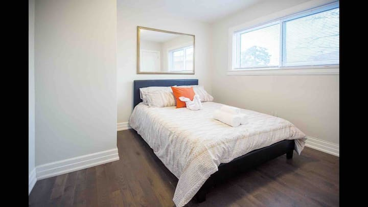 ☆☆☆☆☆ Spectacular Room In Bungalow Executive Home