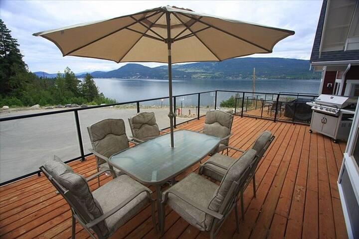 4BR Cottage La Casa Resort