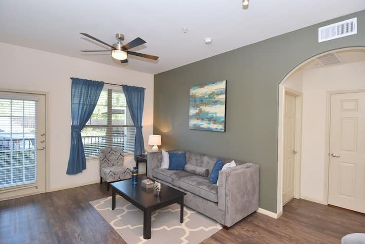 Cozy place of your own | 1BR in Houston