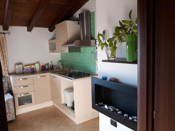 Apartment with one bedroom in Loceri, with wonderful city view and WiFi - 10 km from the beach