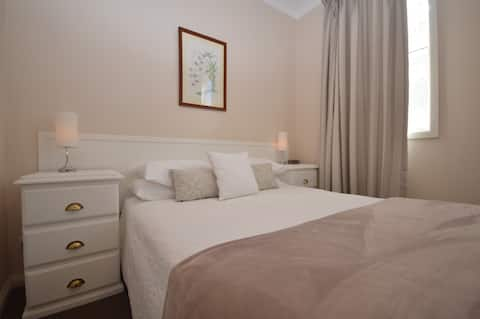The Old Saddlery Guest Apartment- Quirindi