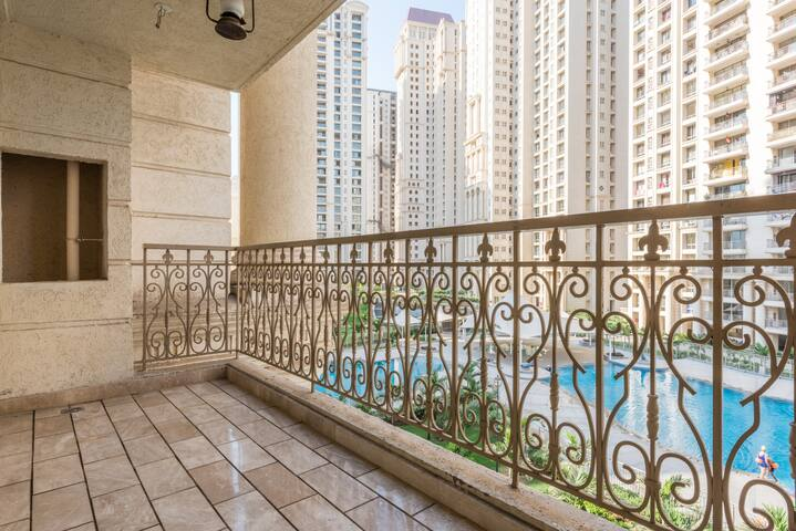 Pool facing Room in Hiranandani Estate Thane - Thane