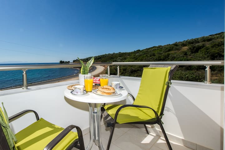 Villa by the beach with amazing sunset view