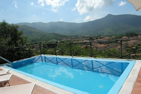 Villa Oleandro country and see at the same time! - Villa